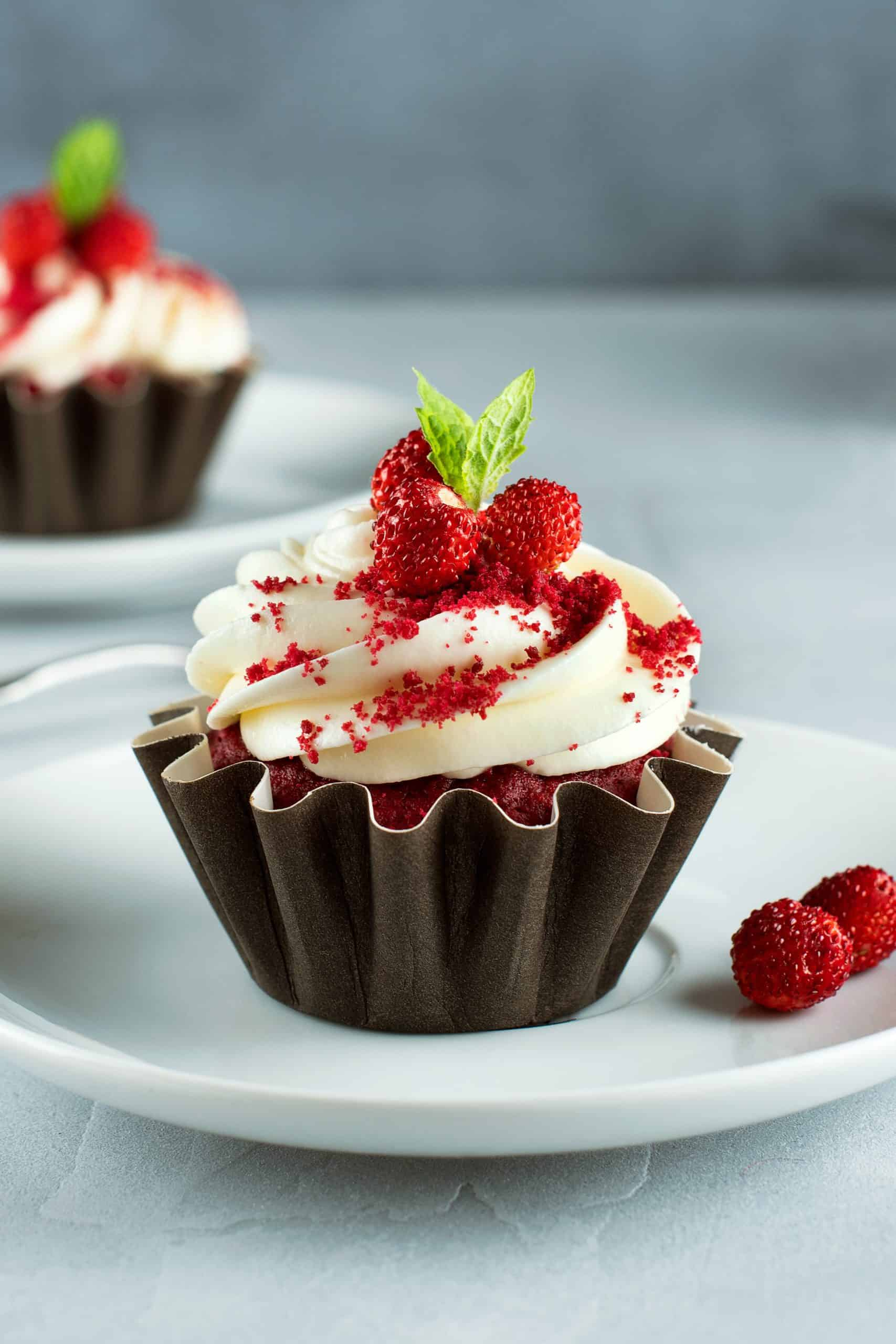 Cupcake Molds: 4 Sets Perfect For Your Choice